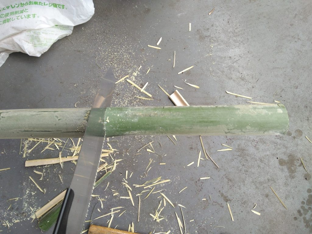 アダプター作成手順1:竹切断
