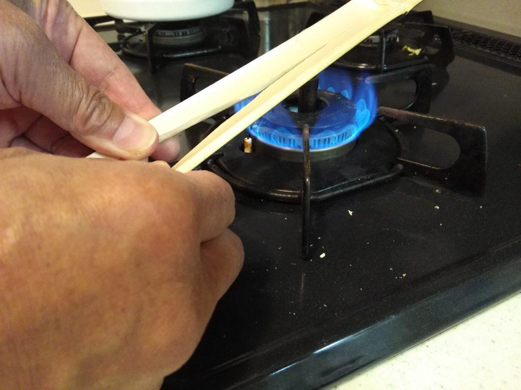 アダプター作成手順4:熱して広げる