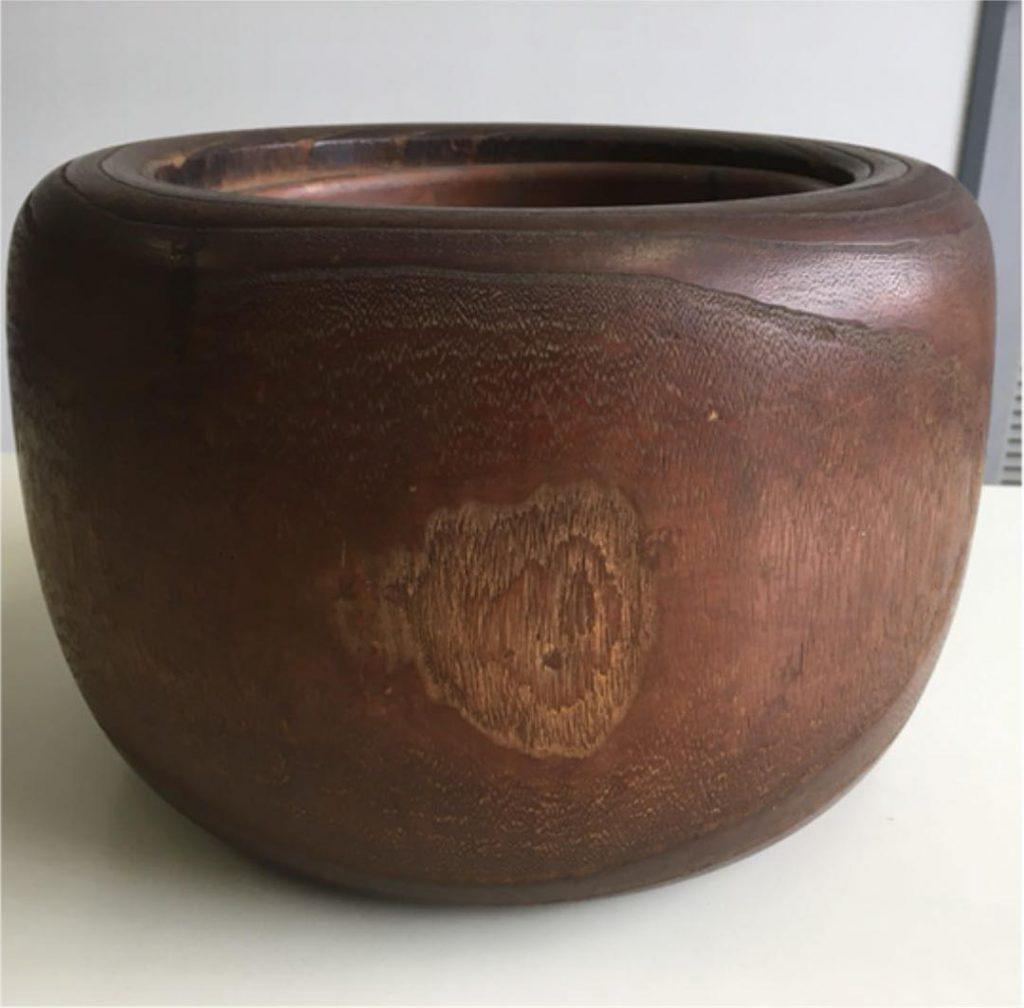 購入した桐の火鉢