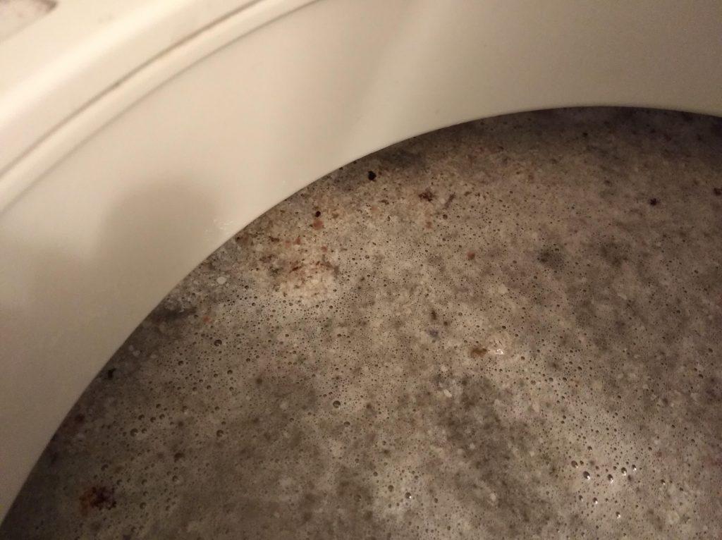 浮き上がってきた汚れ